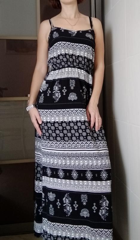 Длинное тонкое платье