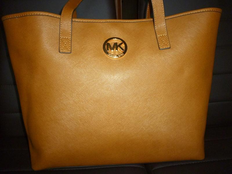 Шикарная большая сумка натуральная сафьяновая  кожа michael kors