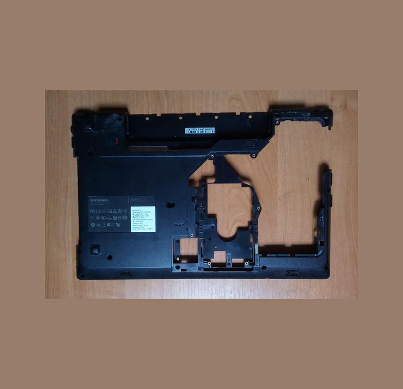 Днище корыто поддон ноутбука Lenovo G570 - неисправное