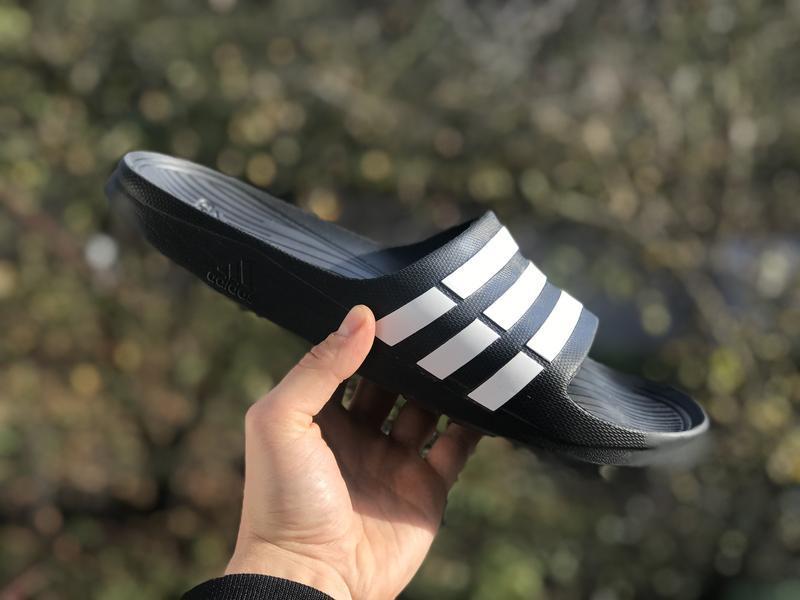 Adidas оригінальні шльопанці