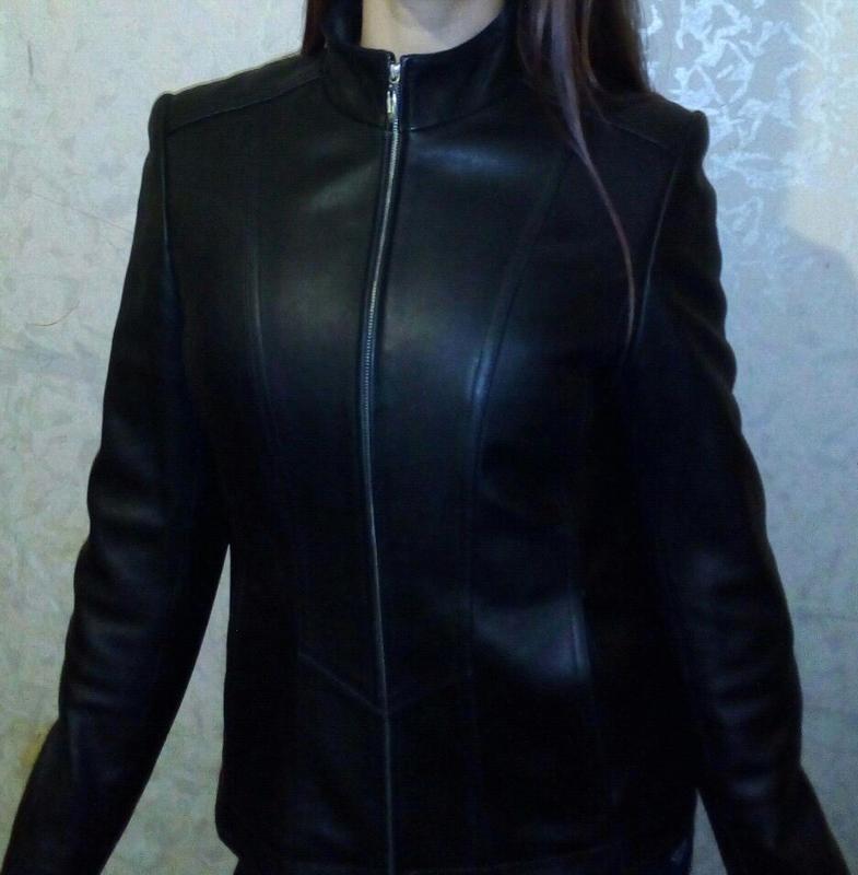 Женская натуральная кожаная куртка
