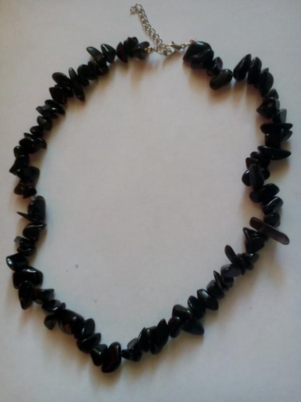Бусы из крупных камней черного агата