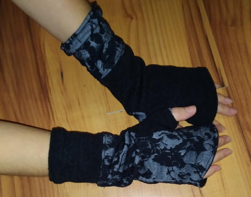 Теплые двухсторонние митенки, рукавицы без пальчиков