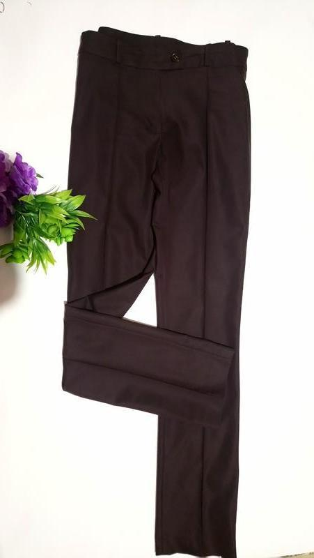 Стильные брюки со стрелками