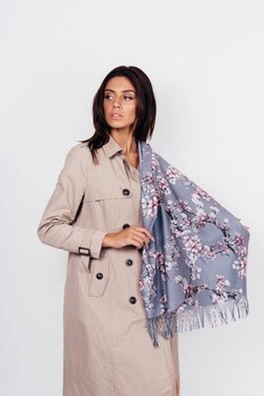Теплый шарф палантин двухсторонний серый голубой
