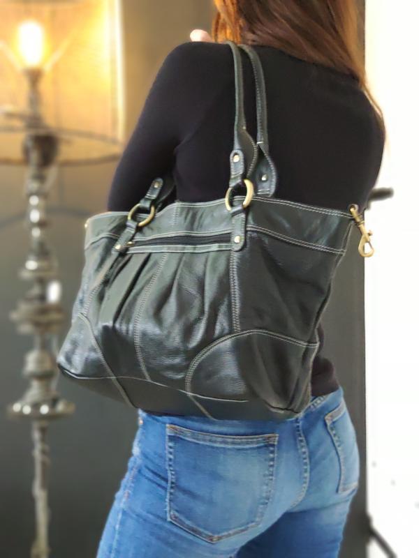 Lloyd baker 100% оригинальная кожаная сумка.