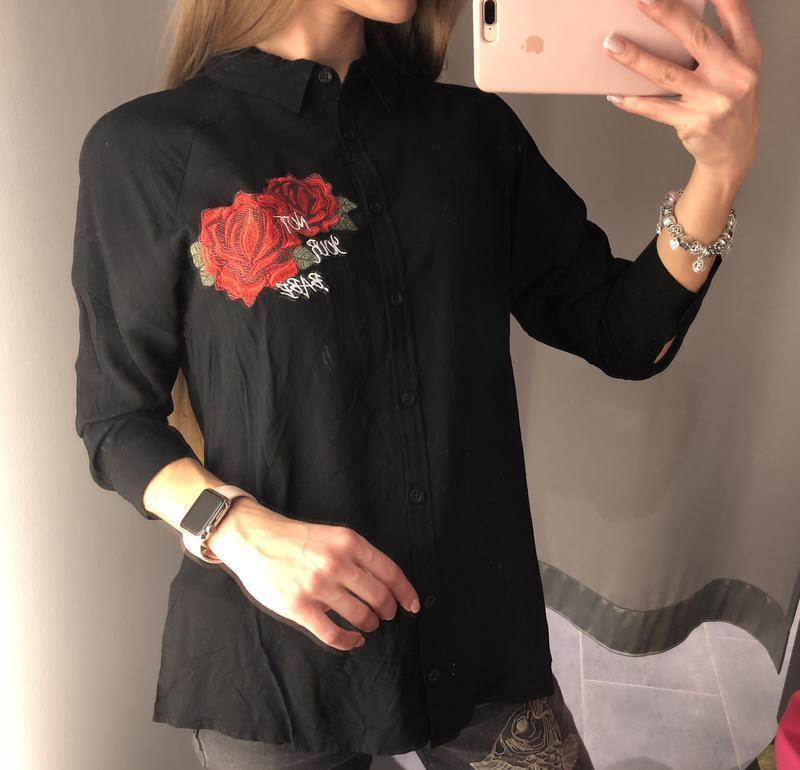 Черная рубашка с вышивкой amisu натуральная блузка размер m