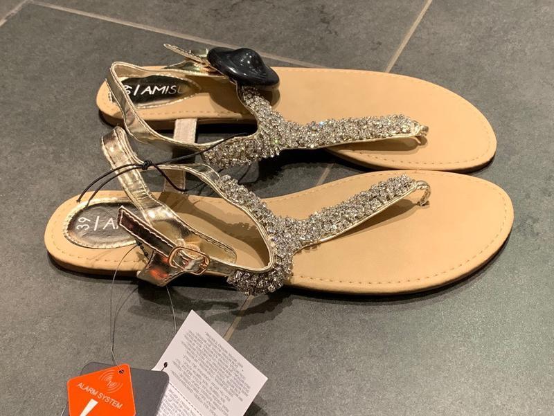 Летние босоножки сандалии на низком ходу amisu есть размеры