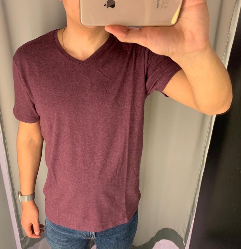 Бордовая базовая футболка fishbone есть размеры