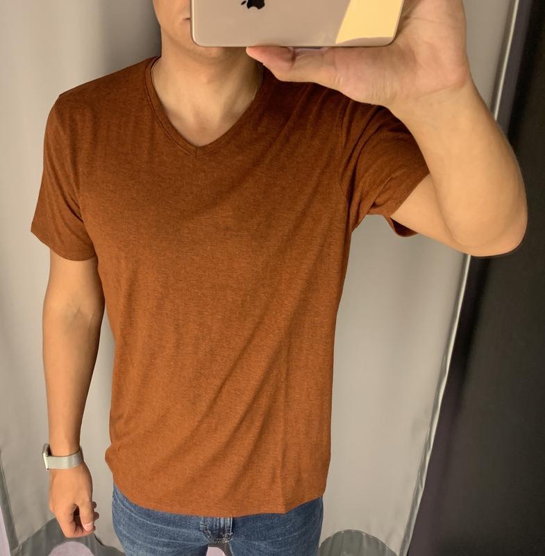 Базовая коричневая футболка fishbone есть размеры