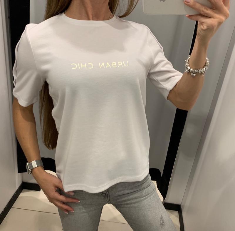 Плотная белая футболка mohito есть размеры