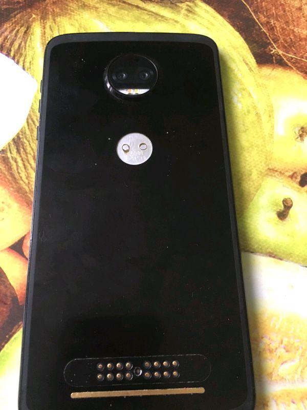 Motorola Moto Z xt1789-03 - Фото 3