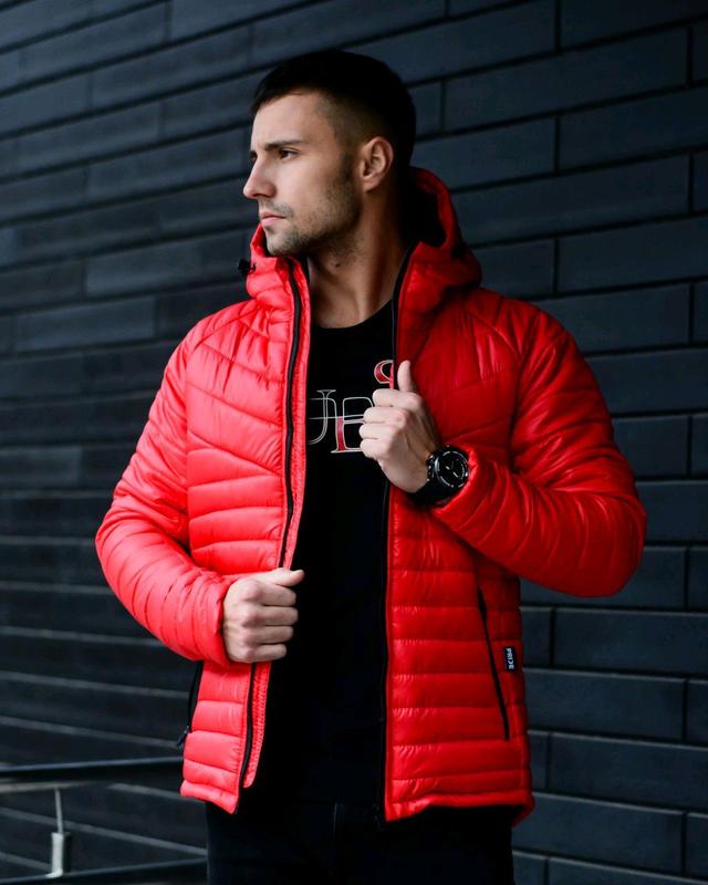Мужская куртка с капюшоном красная - Фото 4