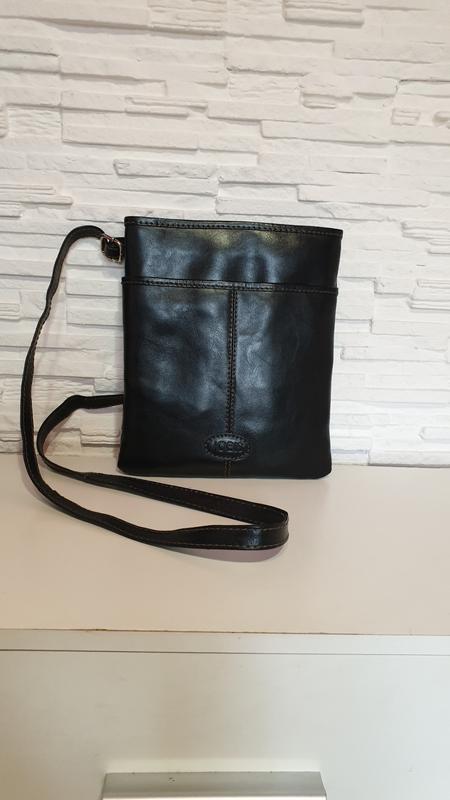 Небольшая кожаная кроссбоди сумка jobis