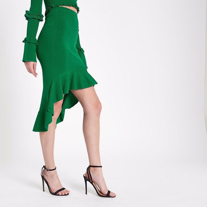 Шикарная изумрцдная зеленая ассиметричная юбка с рюшем river i...