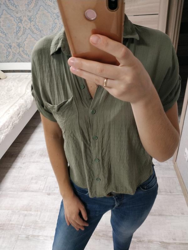Базовая стильная рубашка вискоза цвет хаки