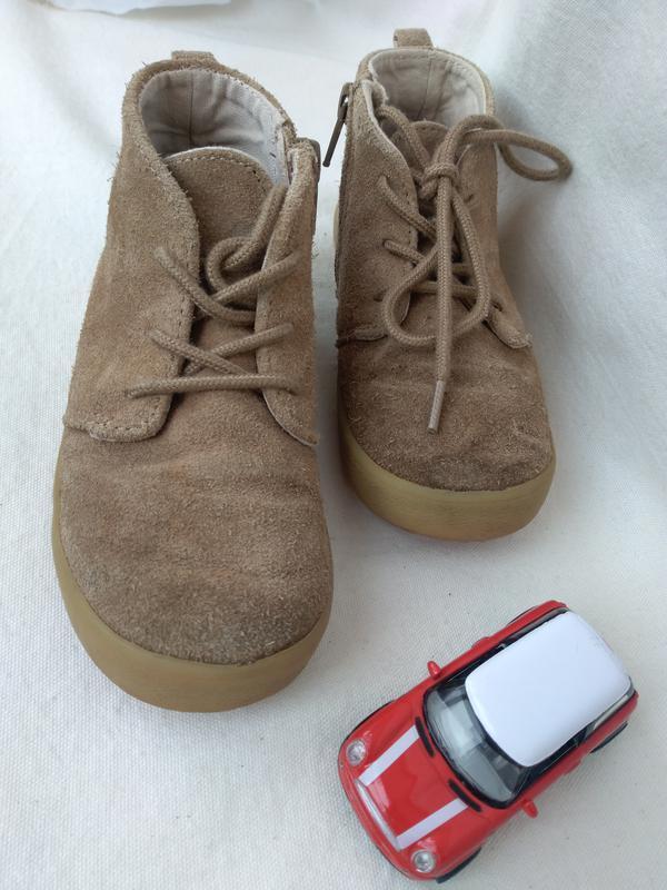 Детские замшевые ботиночки gap р.10 (17,5) дитячі шкіряні боті...
