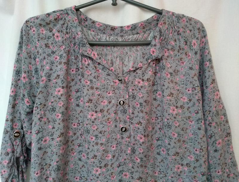 Блуза в мелкий цветочек блузка з квітковим візерунком р.48