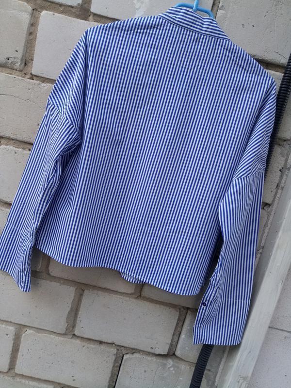 Крутая обемная блуза в полоску с вышевкой раз. s - Фото 6