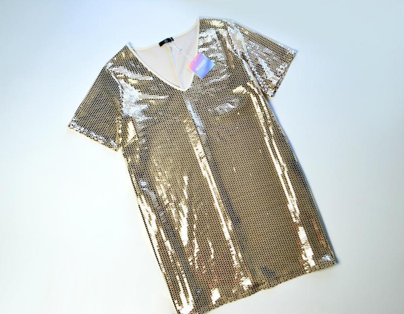 Роскошное золотое платье в пайетки