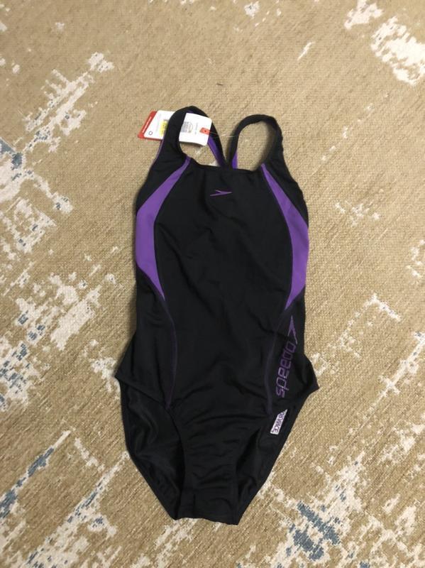 Цельный сдельный спорт купальник speedo, новый!