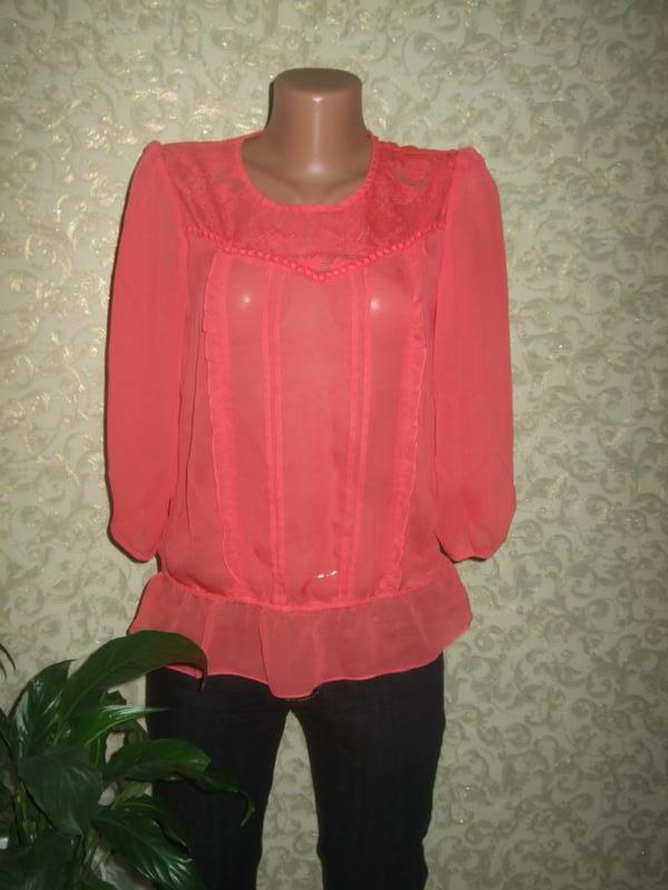 Шифоновая коралловая блуза с кружевом