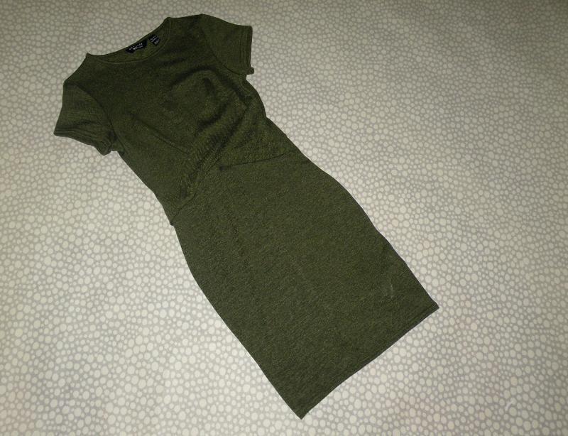 Тёплое стильное платье 10-11 лет