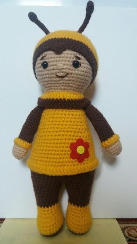 Игрушка Пчелка детская вязаная игрушка ручной работы