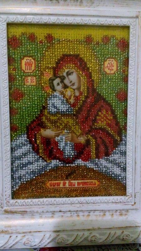 Почаевская икона Божьей Матери вышита бисером - Фото 3