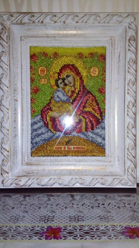 Почаевская икона Божьей Матери вышита бисером - Фото 5