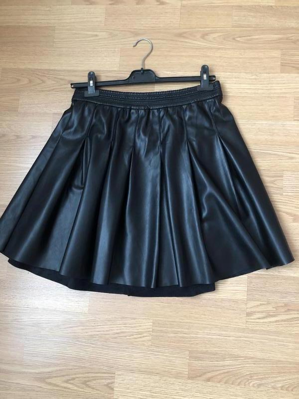 Кожаная брендовая юбка клёш от noisy may новая р-р xl/48-50
