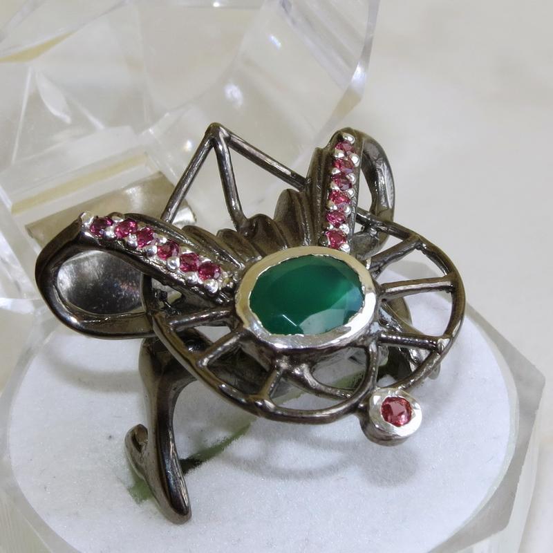 Кольцо с зеленым ониксом, серебро 925, р.18,6