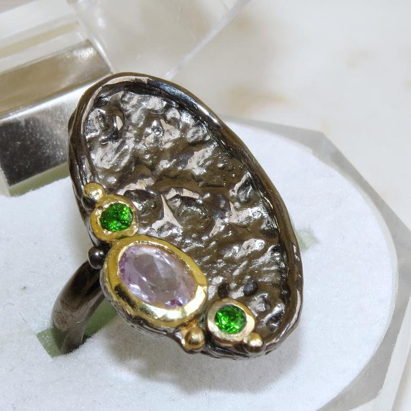 Кольцо с аметистом, серебро 925, р.17,4