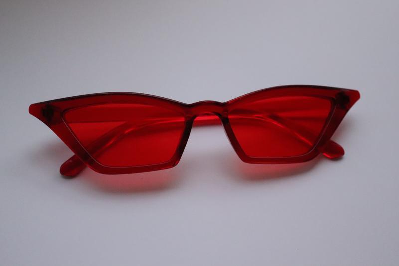 Стильные красные очки - Фото 2