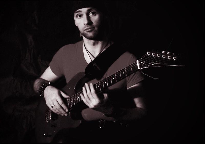 Приватні уроки гри на гітарі, бас-гітарі
