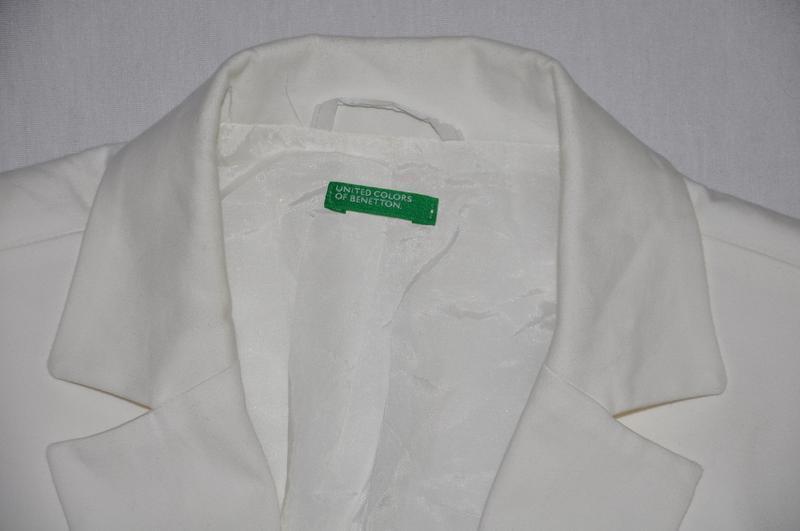 Белый пиджак - Фото 4