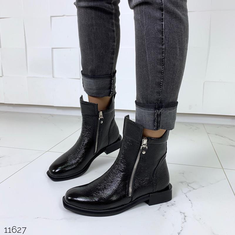 Зимние ботинки из натуральной лаковой кожи - Фото 6