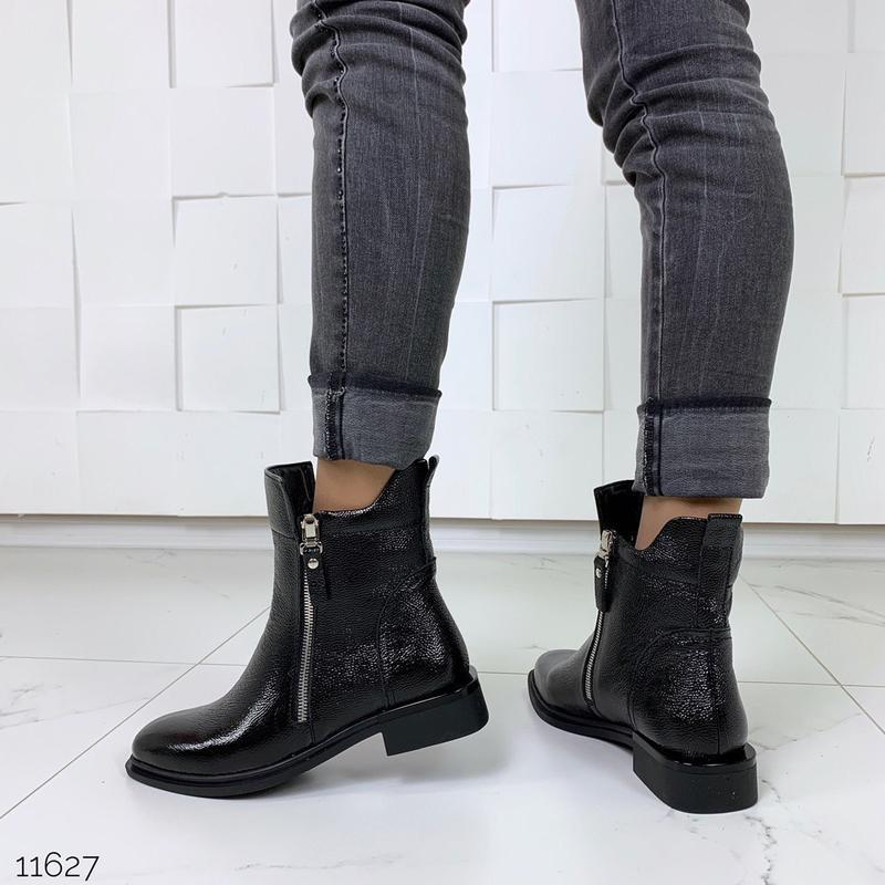 Зимние ботинки из натуральной лаковой кожи - Фото 7