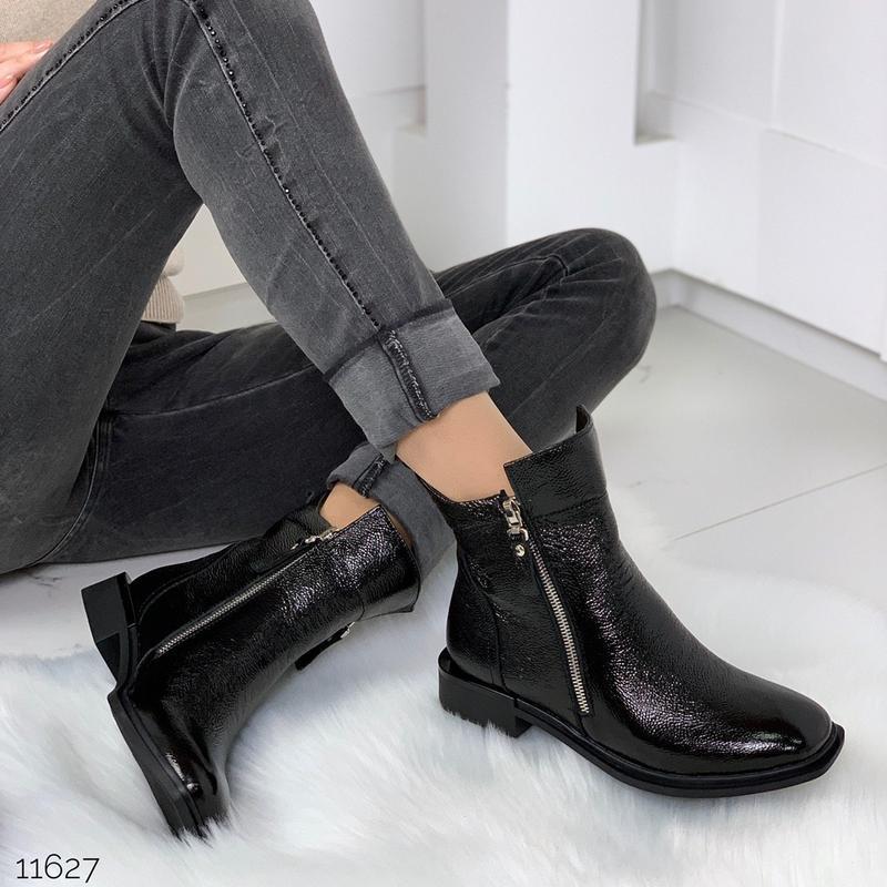Зимние ботинки из натуральной лаковой кожи - Фото 9