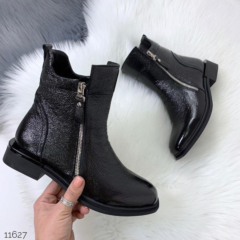 Зимние ботинки из натуральной лаковой кожи - Фото 10