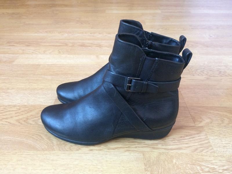 Кожаные ботинки ecco 37 размера в отличном состоянии