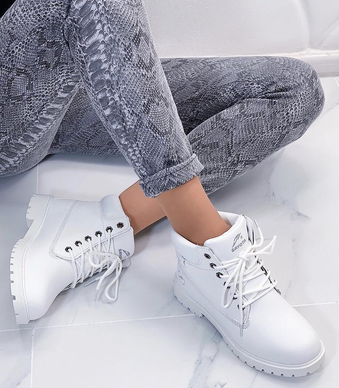 Новые шикарные женские зимние белые ботинки - Фото 5