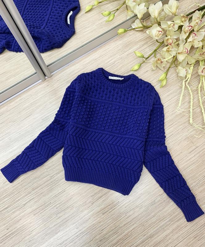 Текстурный свитер фиолетового цвета - Фото 2