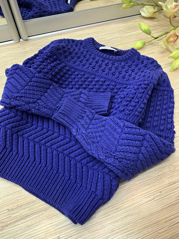 Текстурный свитер фиолетового цвета - Фото 3