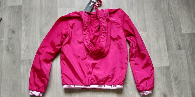 !продам новую женскую спортивную лёгкую куртку ветровку с капю... - Фото 6