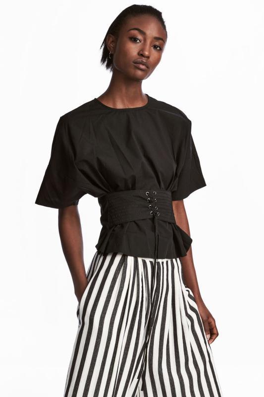 Стильная блуза с корсажем от h&m
