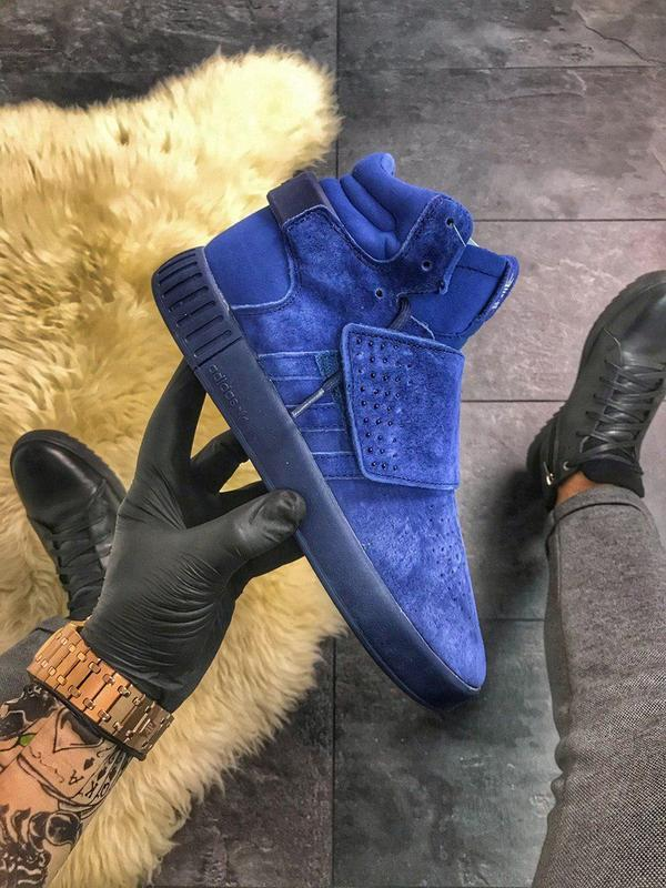 Кроссовки adidas tubular invader triple blue.