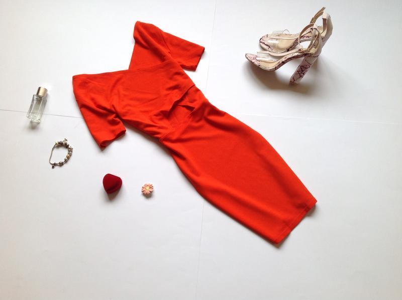 Платье мини ivyrevel