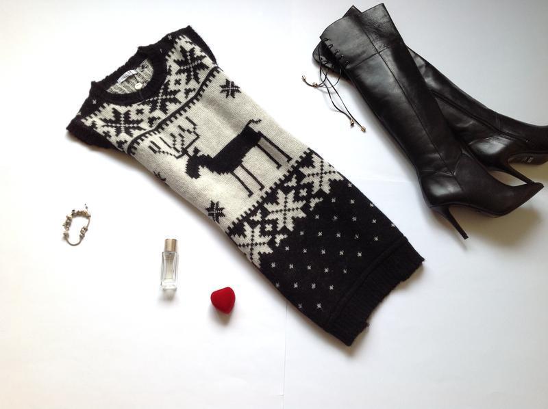 Теплое шерстяное мохеровое платье