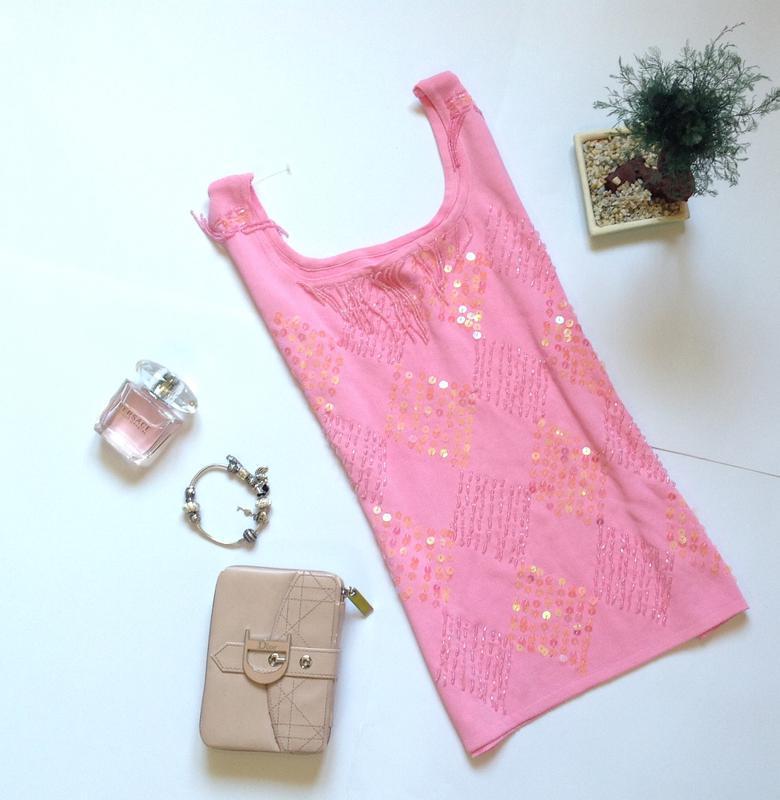 Нежно-розовая блуза с бисером